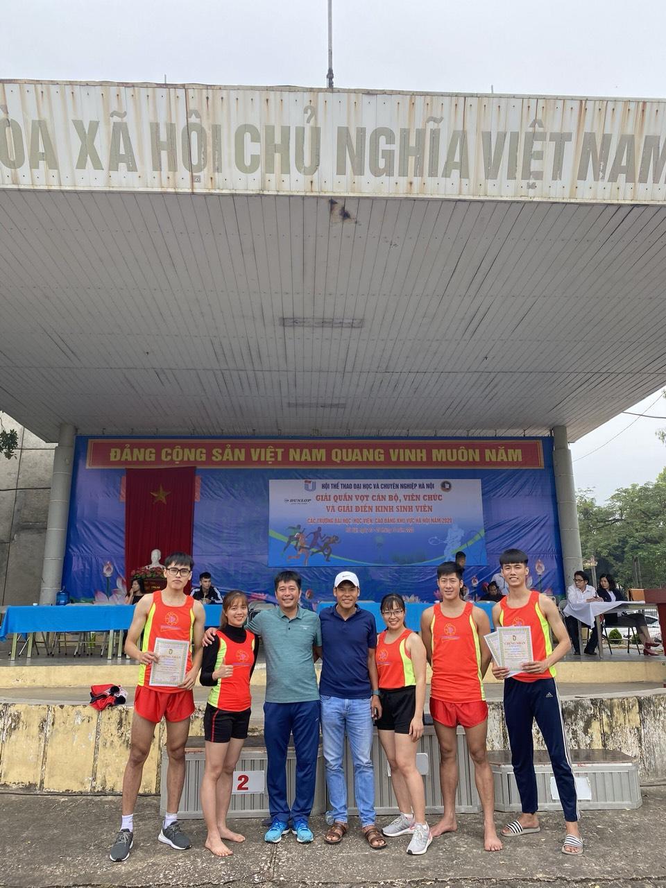 Sôi động giải điền kinh sinh viên các Trường Đại học, học viện và cao đẳng khu vực Hà Nội.
